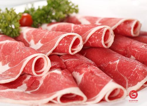 Thịt bò ăn lẩu tại Kichi Kichi.
