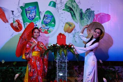 Dr Fuji đã có buổi ra mắt ấn tượng tại Việt Nam