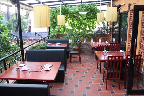 Không gian nhà hàng.