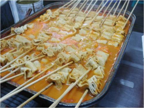 Thưởng thức ẩm thực đường phố Hàn Quốc