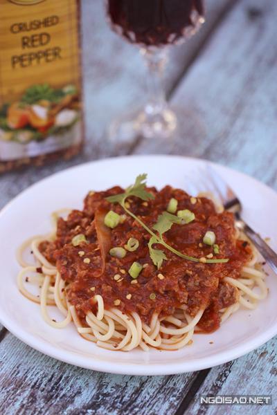 Mì spagetti sốt thịt bò băm nhanh gọn