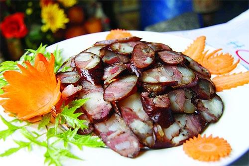 Thịt khô trên mâm cỗ Tết người Tây Bắc