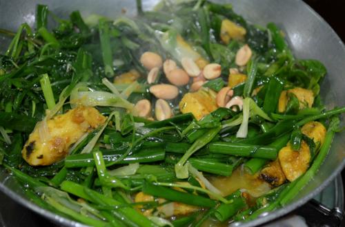 Món ngon nức tiếng gắn liền phố cổ Hà Nội