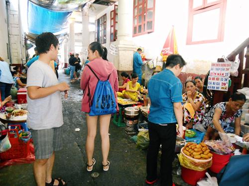 5 địa chỉ ăn vặt giữa trung tâm Sài Gòn