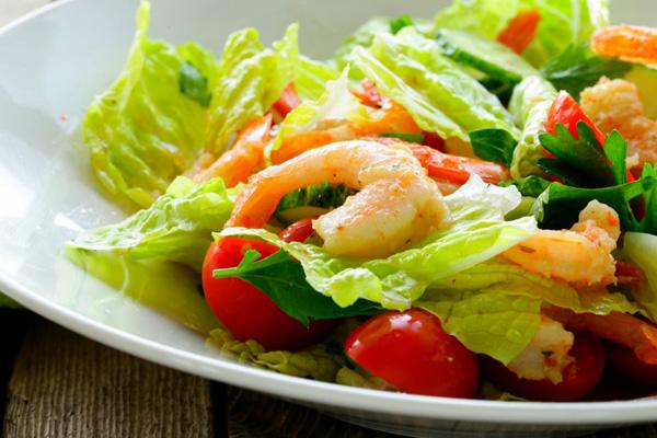 Салат из овощей и морепродуктов рецепт с