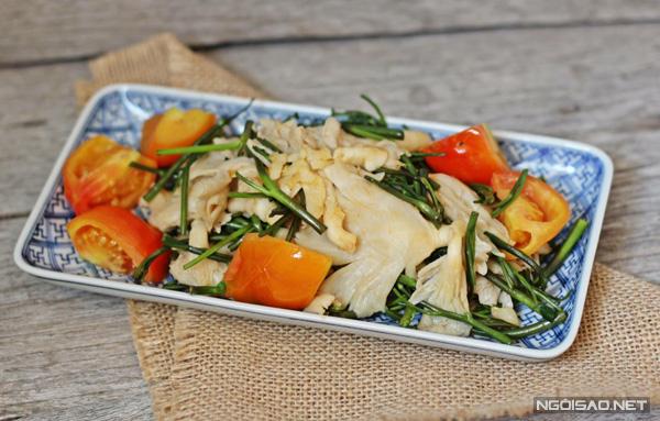 Nấm sò xào rau muống